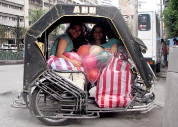The pedicab that took us bravely to Quiapo from Divisoria